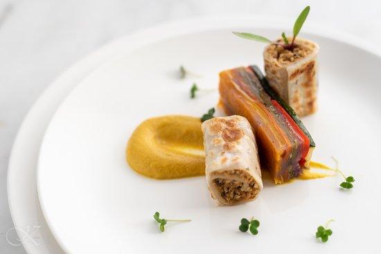Kiara Soul Kitchen: Teppan Grilled Rolls served with Pumpkin Sauce