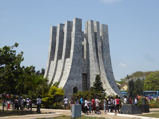 Grave of a leader - Picture of Dr. Kwame Nkrumah's ...