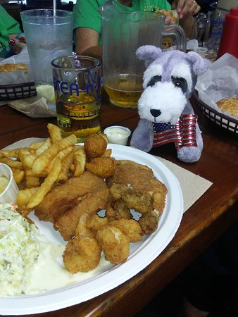 Sea-N-Suds Restaurant: Scotty's dinner at Sea N Suds