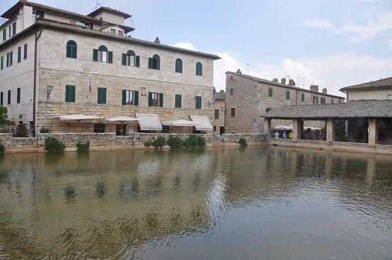 Vue generale picture of terme bagno vignoni bagno vignoni