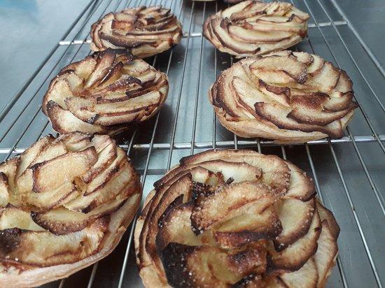 Damparis, Francia: tarte fine aux pommes et crème d'amandes