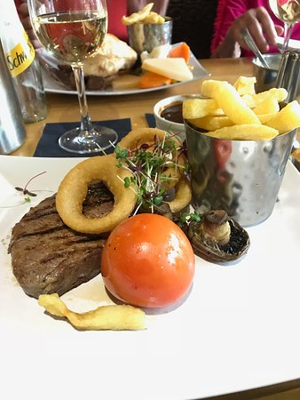 The Shore at Carronshore: the sirloin steak