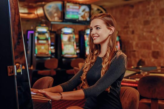 Play- slots - Picture of Casino Pasha, Kotor - Tripadvisor