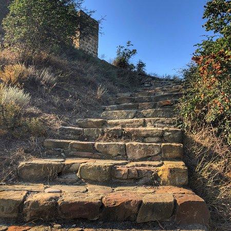 Bebris Tsikhe Fortress: photo3.jpg