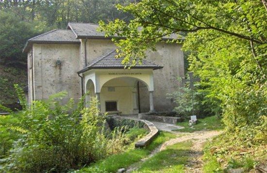 Luino, إيطاليا: Santuario della Lupera