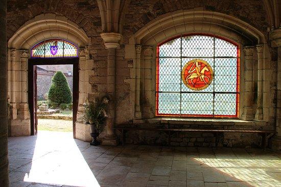 Abbaye Royale Notre Dame du Lieu Dieu