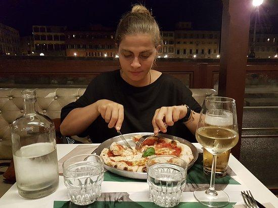 Caffe Alfieri Firenze Restaurant & Wine Bar: Pizza ve bira