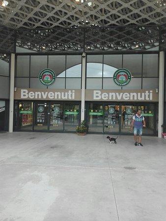 Centro Commerciale Auchan Borgo d'Abruzzo