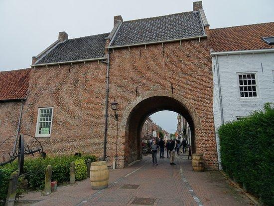 Culemborgse Poort of Huizenpoort te Buren