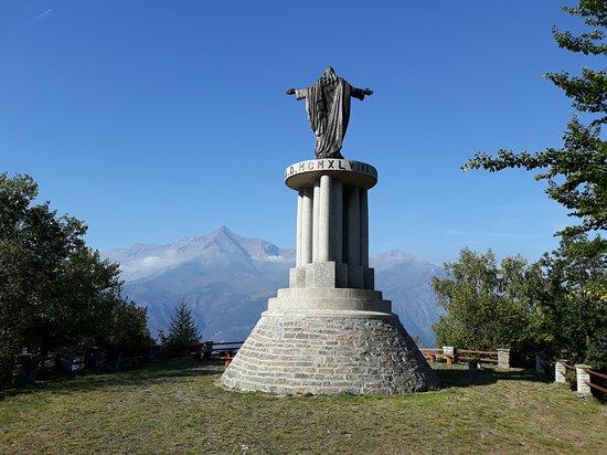 Monumento Sacro Cuore di Gesu