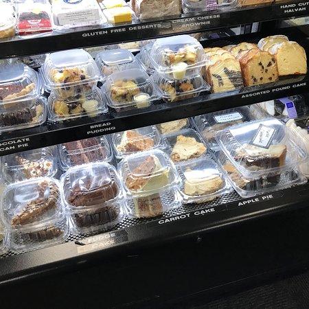 Vernon Rockville, CT: Retail deli section - great place!