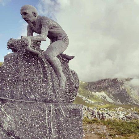 Demonte, Italy: Monumento a Marco Pantani