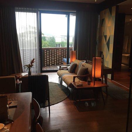 Wowza elegant hotel