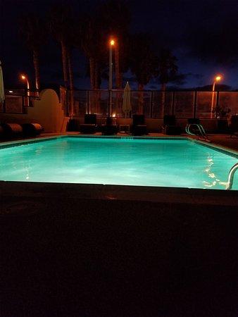 Ocean Park Inn : 20180828_200111_large.jpg