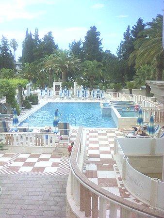 Mediteran Hotel & Resort: Beautiful outdoor pool area