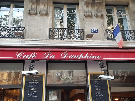 La Dauphine: Look for the red awning.
