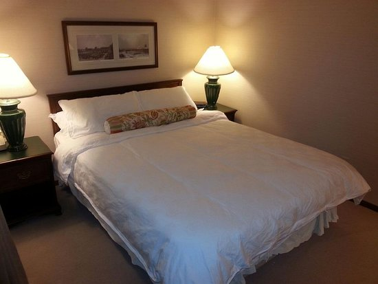 Totem Lake Hotel: Guest Room