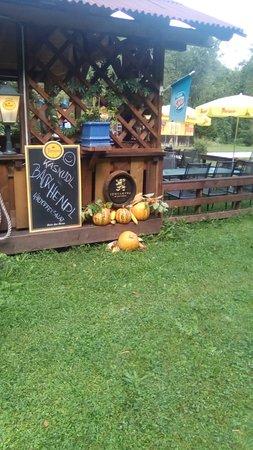 Feistritz im Rosental, Österreich: Buschenschenke auf dem Weg