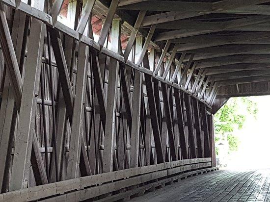 Notre-Dame-de-Stanbridge, แคนาดา: J'Adore cette structure