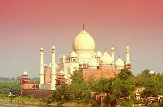 Excursão no mesmo dia em Jaipur para...