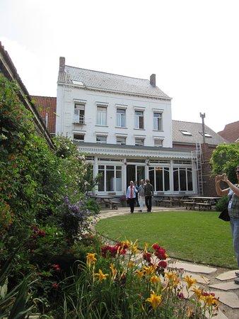 Talbot House: The garden