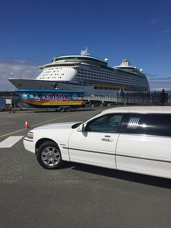 Miracle Mile Limousine Services and Sightseeing Tours: Cruise Ship Visits Nanaimo