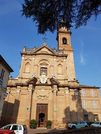 Castell'Alfero, Италия: Chiesa dei Santi Pietro e Paolo