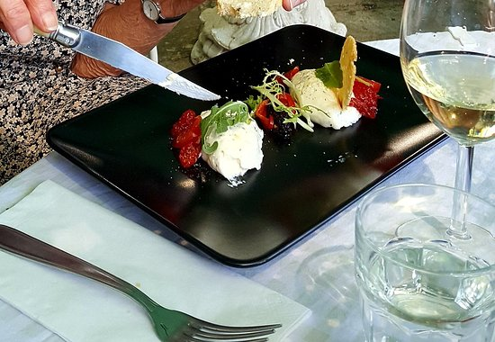 Fleurs D'Olargues Restaurant: 20180902_102810_large.jpg