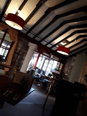Milan Restaurant Image