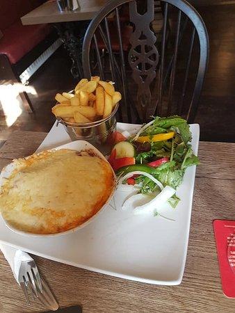 Knockerdown, UK: lasagne