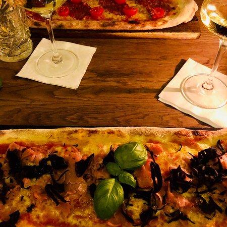 la rustica ristorante pizzeria w rzburg restaurant bewertungen telefonnummer fotos. Black Bedroom Furniture Sets. Home Design Ideas