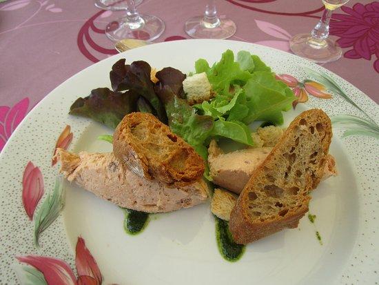Ambialet, فرنسا: quenelles de saumon et de truite