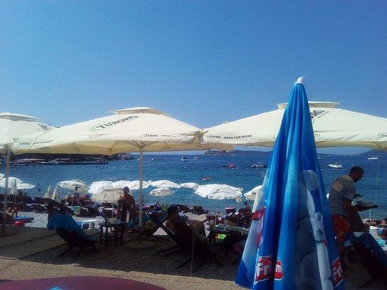 Municipalidad de Herceg-Novi, Montenegro: Поглед на плажу