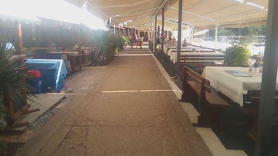 Municipalidad de Herceg-Novi, Montenegro: Ресторан