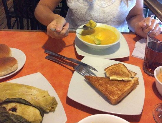 Raymipampa: lunch