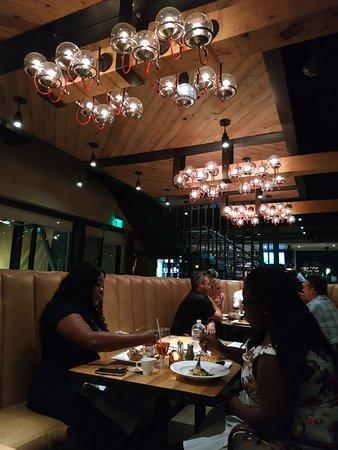 Moxie Kitchen and Cocktails : ristorante