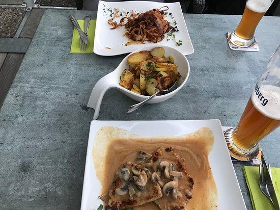 Loffingen, Jerman: Small portions for a dinner for regular not cheap price