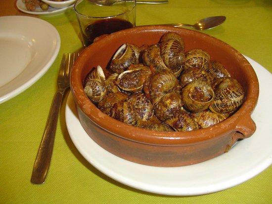 Capafonts, إسبانيا: Caracoles, de fábula.