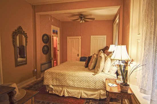 Express St. James Hotel: Bill Cody Room