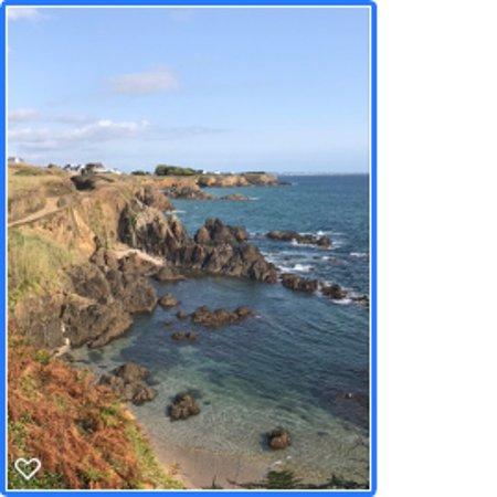 Le Pouldu, فرنسا: Chemin bord de mer depuis l'hotel