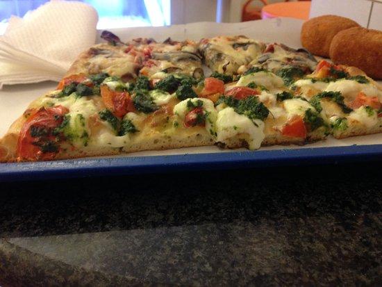 Da Milvio: queso, tomate y pesto
