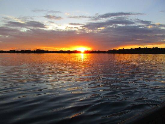 Cuyabeno Lodge: Tolle Sonnenuntergänge gehören zum Programm