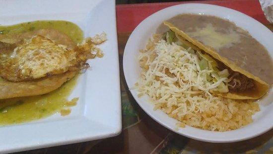 Plaza Del Sol: Rice, beans, taco.