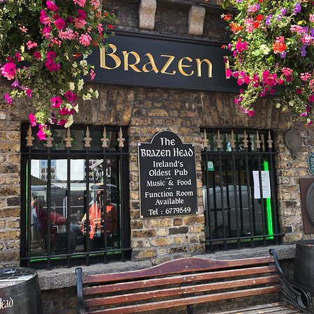 Brazenhead Pub: photo0.jpg