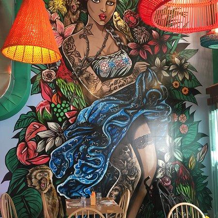 Mamacita meets Frida Kahlo