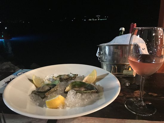 Municipalidad de Herceg-Novi, Montenegro: Oysters