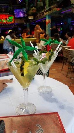 Mango's Tropical Cafe: 20180830_173918_large.jpg