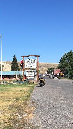 Branding Iron Inn Foto