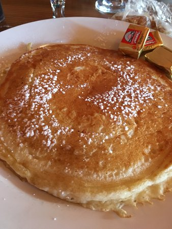 Crater Lake Lodge Dining Room: $5.25 single pancake with 3 pats of ice cold butter (powdered sugar was complimentary)