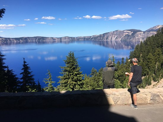 Crater Lake Lodge Dining Room: View from the patio